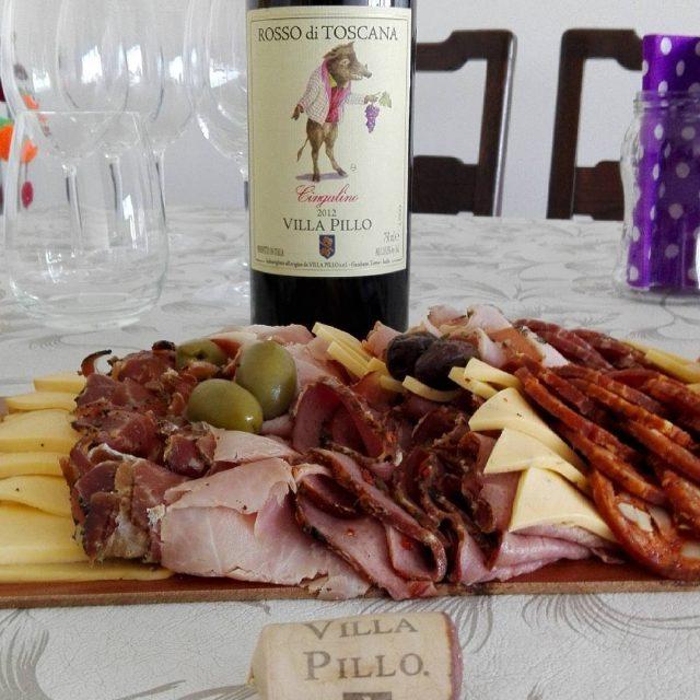 Rosso di toscana Villa Pillo giancalino 2012 y una picadahellip